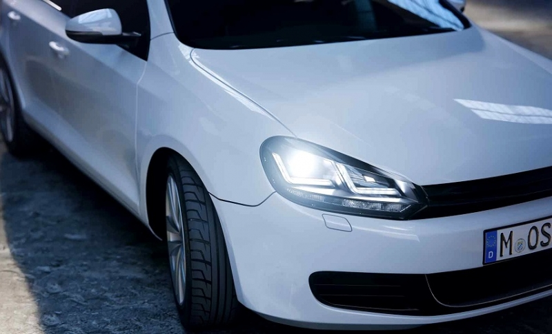 vw golf 6 scheinwerfer mit tfl swiss tuning onlineshop. Black Bedroom Furniture Sets. Home Design Ideas